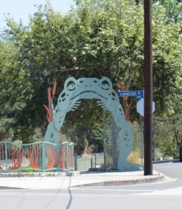Frog Gate to River Walk Studio City